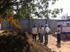 11-01-2014: scavi per gli uffici di accoglienza e sicurezza